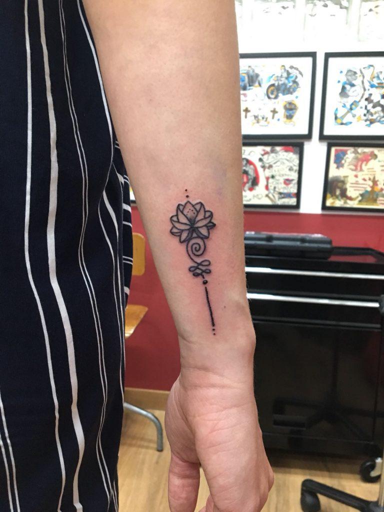 Tatuajes Pequeños 7 Razones Para Hacérselo
